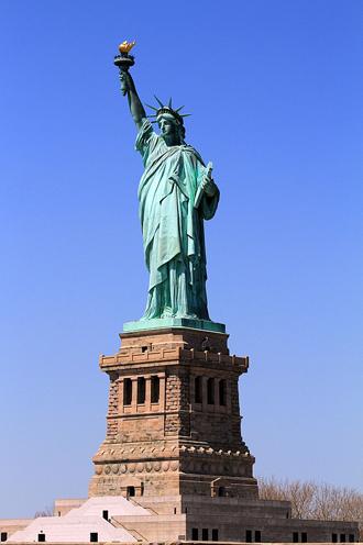 4 こっちはNYの自由の女神