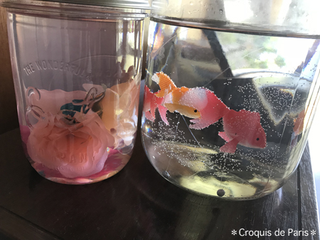 2 4匹の金魚