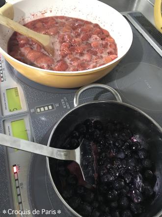 7今朝は朝からジャムを煮てくれています。